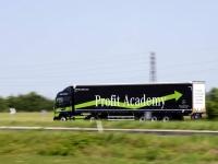 Mercedes-Profit-Academy-13