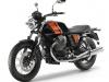 moto-guzzi-v7-special-nera-fronte-laterale-sinistro