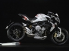 mv-agusta-brutale-800-dragster-bianca-laterale-destro