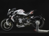 mv-agusta-brutale-800-dragster-bianca-laterale-sinistro