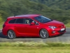 opel-astra-biturbo-laterale
