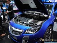 Opel-Insignia-OPC-Ginevra-Live-4