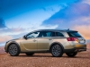 opel-insignia-country-tourer-lato