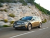 opel-insignia-country-tourer-tre-quarti