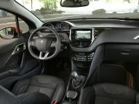 Peugeot-2008-Black-Matt-Limited-Edition-11