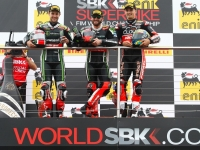 Superbike-2015-Donington-Gara-1-Podio