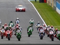 Superbike-2015-Donington-Gara-2
