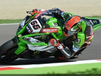 Superbike-2015-Imola-Gara1-Tom-Sykes