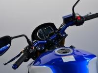 Suzuki-GSR-750-SP13-21