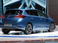 Toyota-New-Auris-Ginevra-Live-10