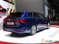 Toyota-New-Avensis-Ginevra-Live-3