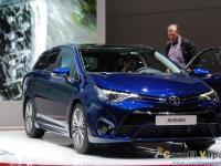 Toyota-New-Avensis-Ginevra-Live-8