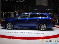 Toyota-New-Avensis-Ginevra-Live-9
