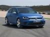 volkswagen-golf-r-tre-quarti-anteriore-dinamica
