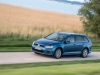 volkswagen-golf-variant-in-strada