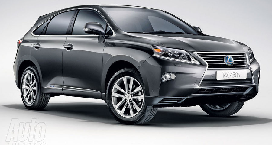 Lexus baby SUV in arrivo