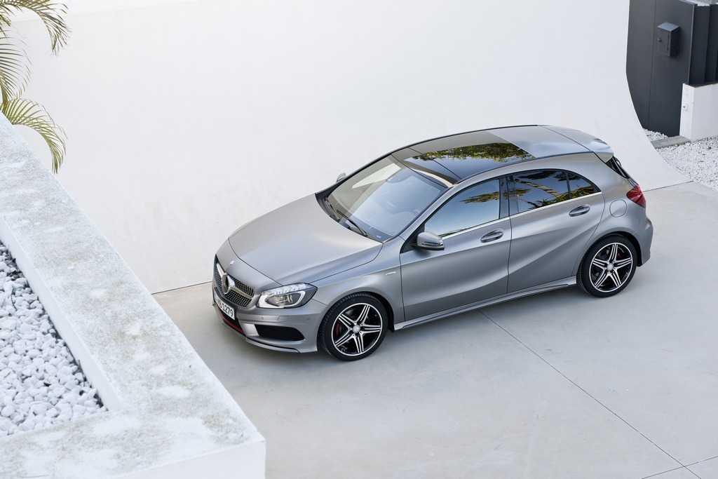Nei concessionari la nuova classe A Mercedes