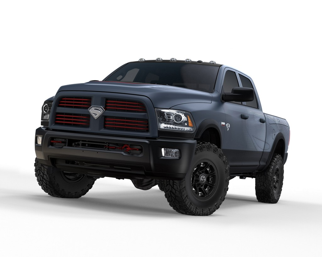 RAM 1500 Man of Steel 01