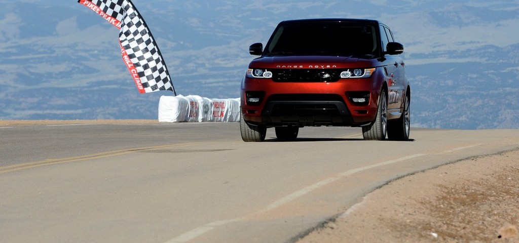 Range Rover Sport Pikes Peak
