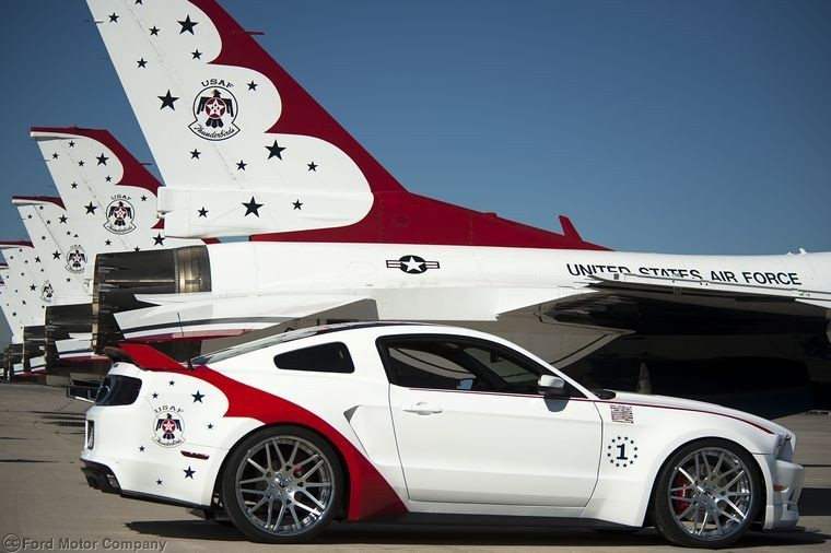 Ford Mustang GT US Air Force Thunderbird