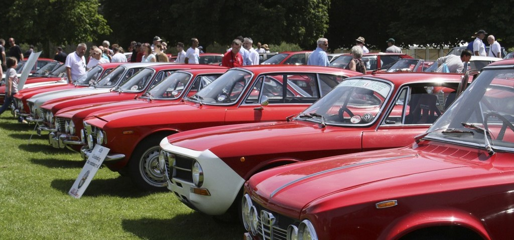 Simply Alfa Romeo 2013