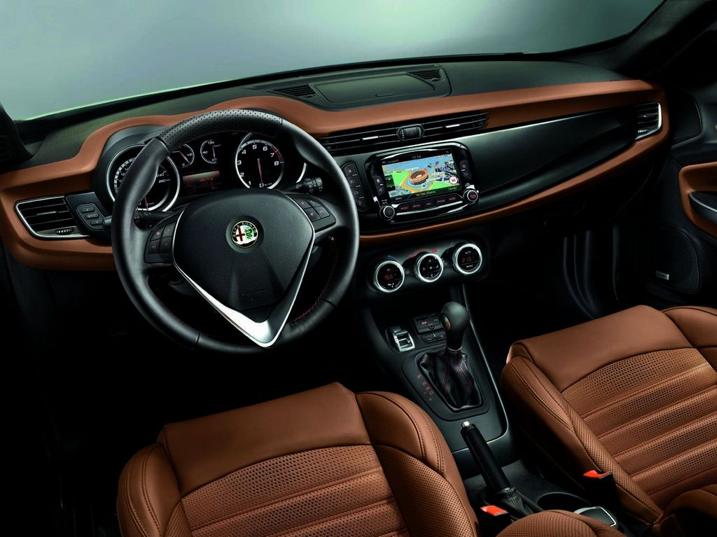 Harman Uconnect Alfa Romeo Giulietta MY 2014