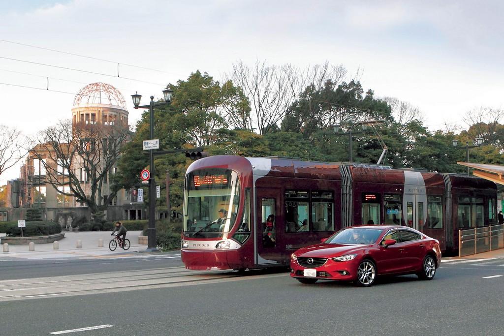 Mazda 6 Auto e Tram