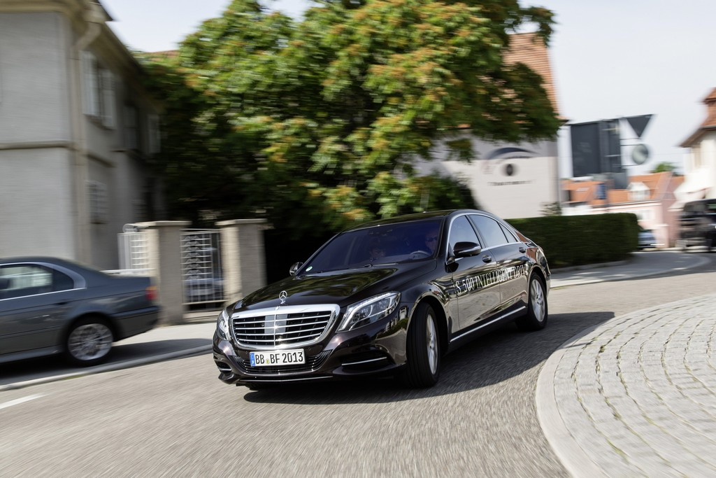 Mercedes S500 Intelligent Drive