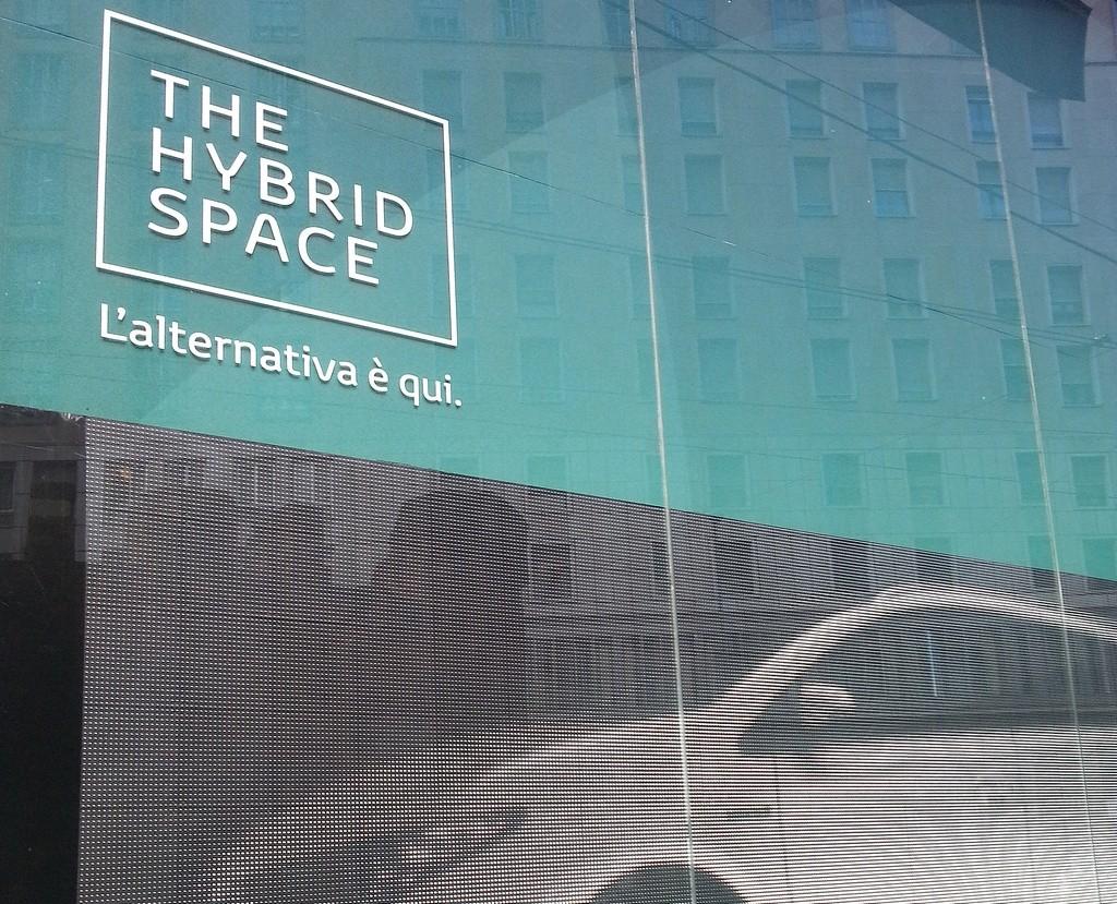Toyota Hybrid Space Milano