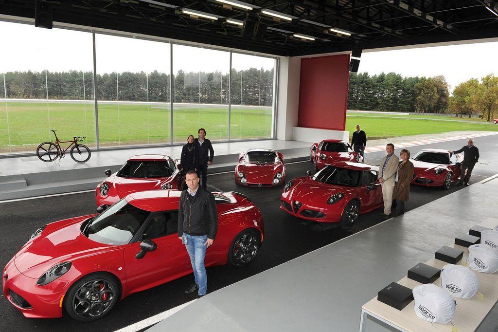 Alfa Romeo 4C - Consegnate le prime