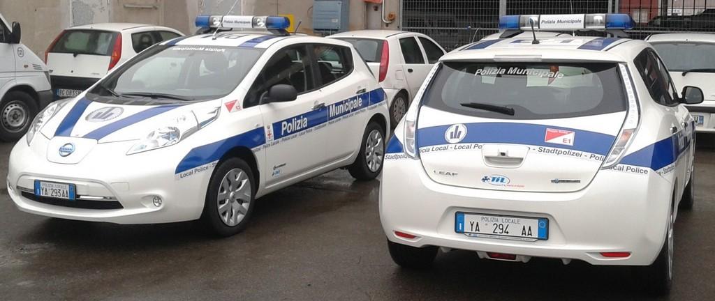 Nissan Leaf: auto della polizia municipale di Reggio Emilia