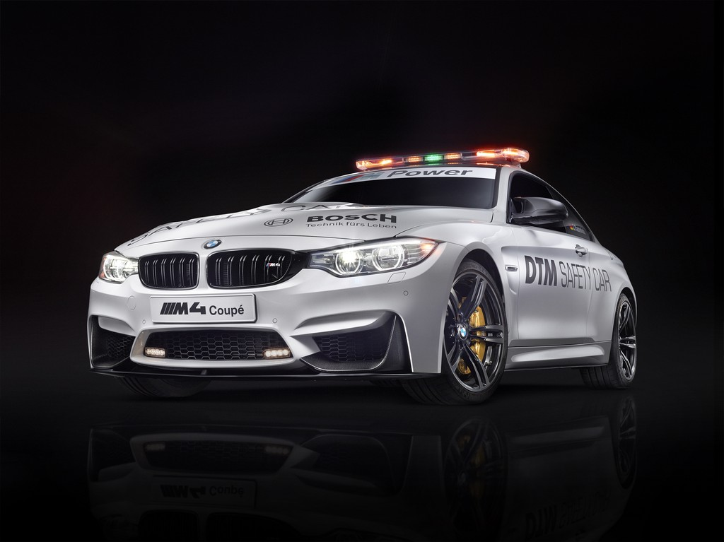 BMW M4 Safety Car DTM