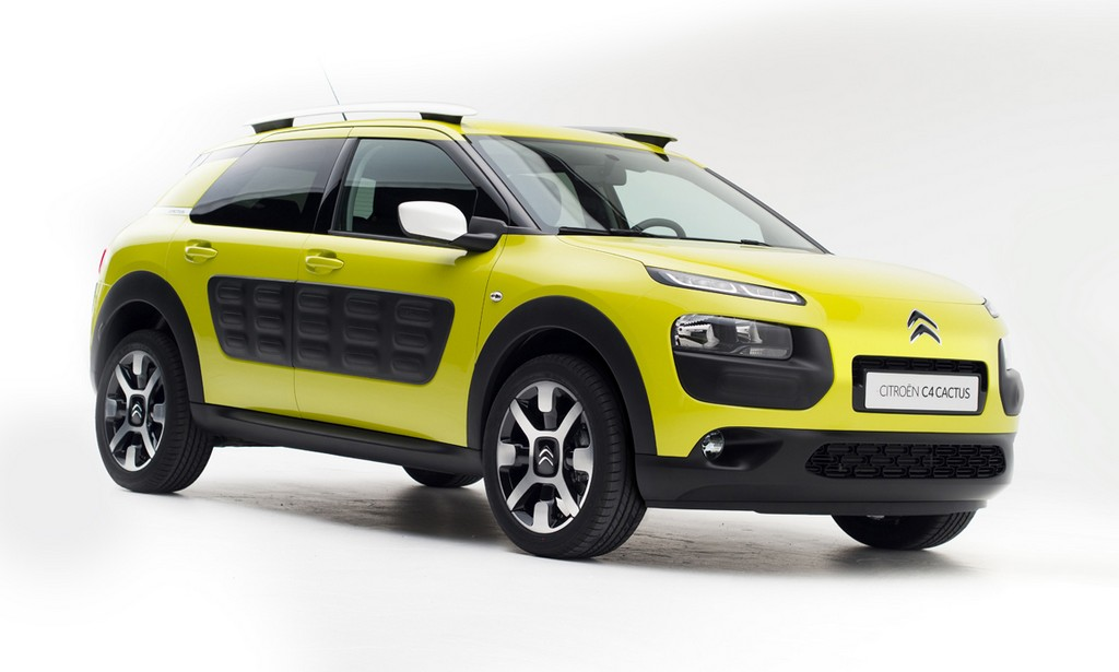citroen c4 cactus test drive dedicato alle due edizioni feel edition e shine edition cavalli. Black Bedroom Furniture Sets. Home Design Ideas