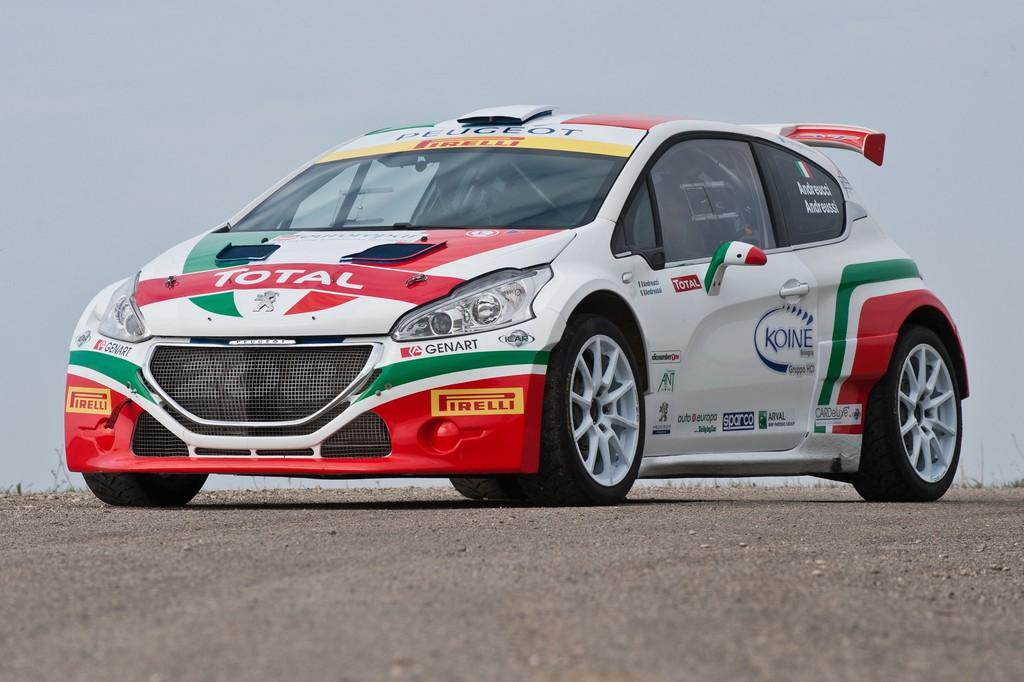 Peugeot 208 T16 Livrea Italia