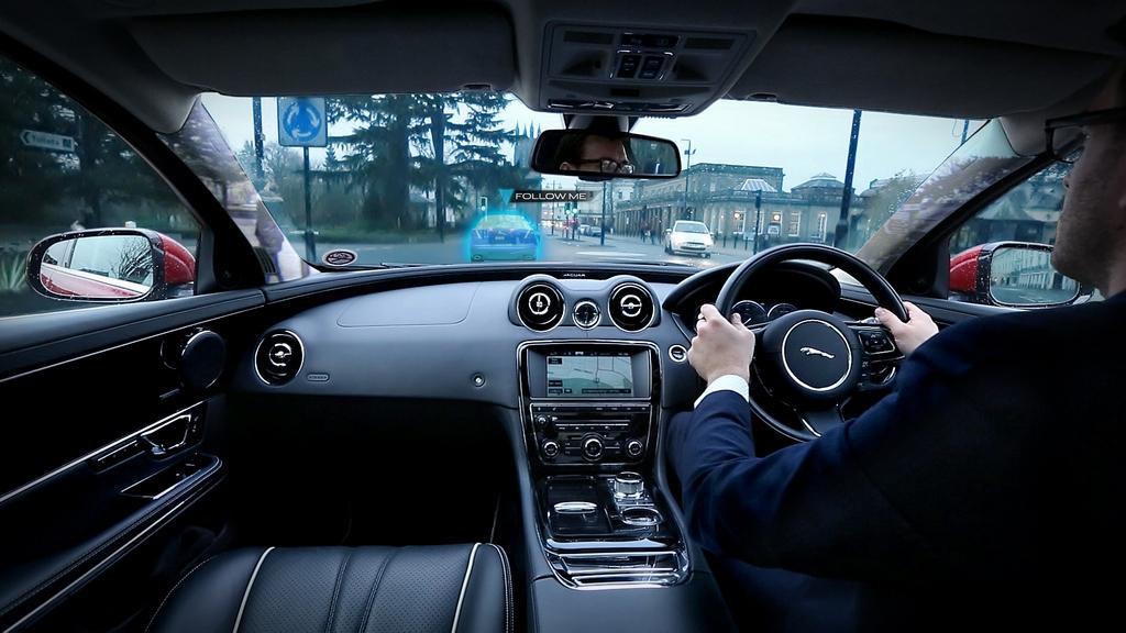 Jaguar e Land Rover Montante Trasparente