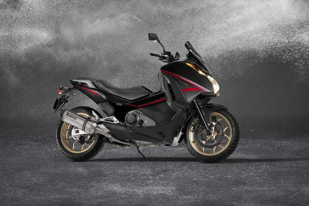 Honda Integra 750-S Sport