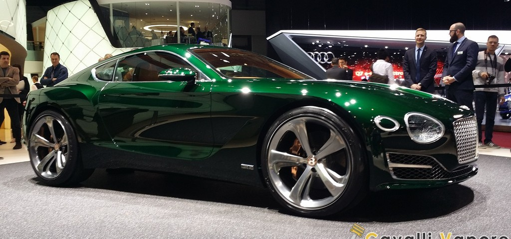 Bentley EXP 10 Speed 6 Ginevra Live