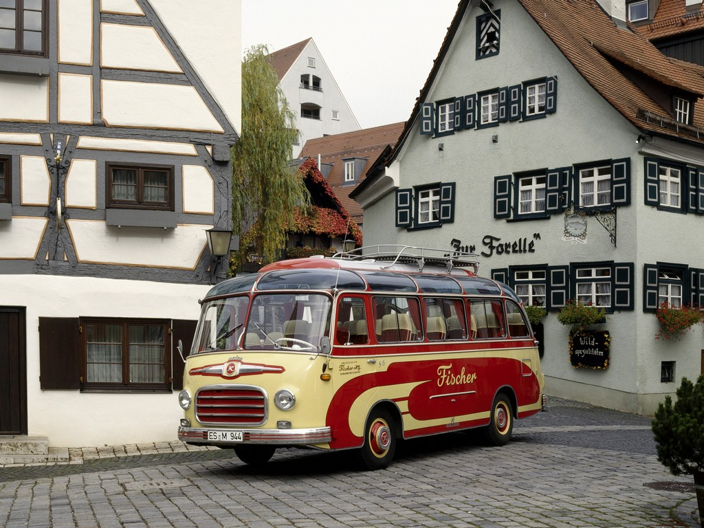 Setra Bus S6
