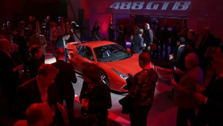 Ferrari 488 GTB Presentazione Inglese
