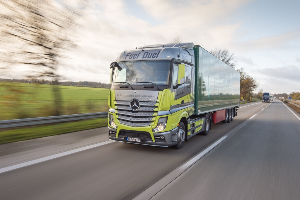 Mercedes Benz Actros Fuel Duel