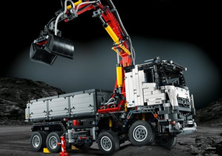 Mercedes Benz Arocs LEGO Technic