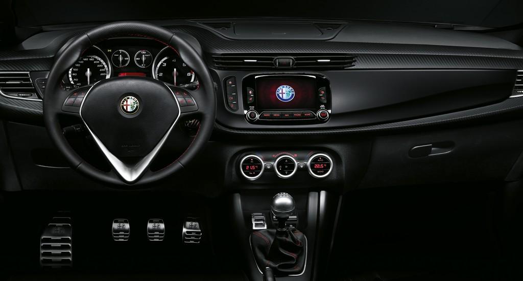 Alfa Romeo Giulietta Sprint Speciale Interni