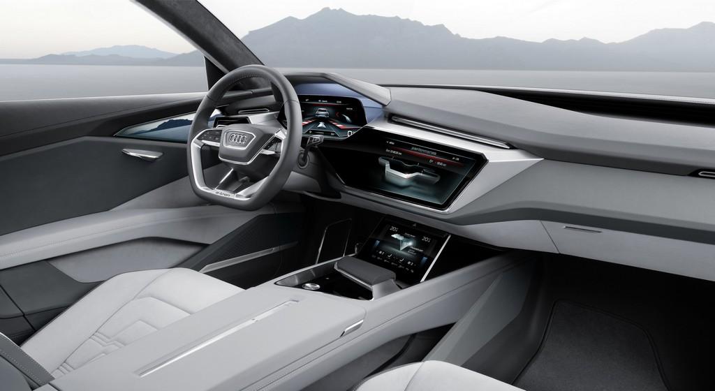 Audi e-tron quattro concept Interni Passeggero