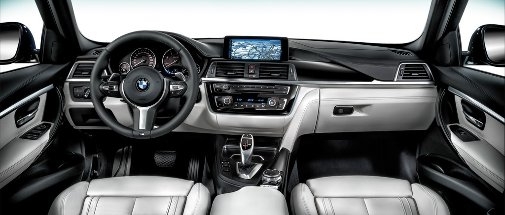 BMW Serie 3 40 Years Edition Interni