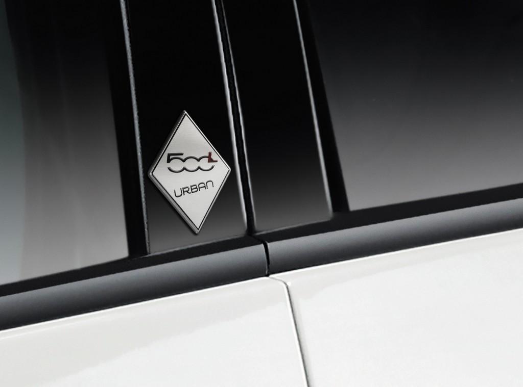 Fiat 500L Urban Logo