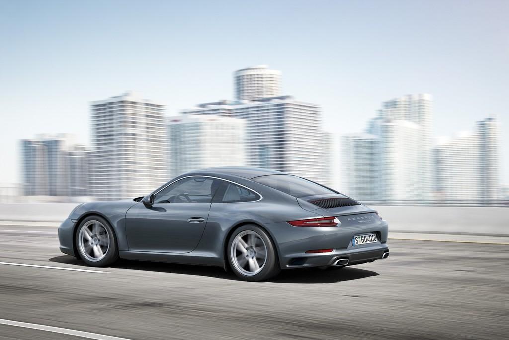 Porsche 911 nuova Carrera Lato Sinistro Dinamica