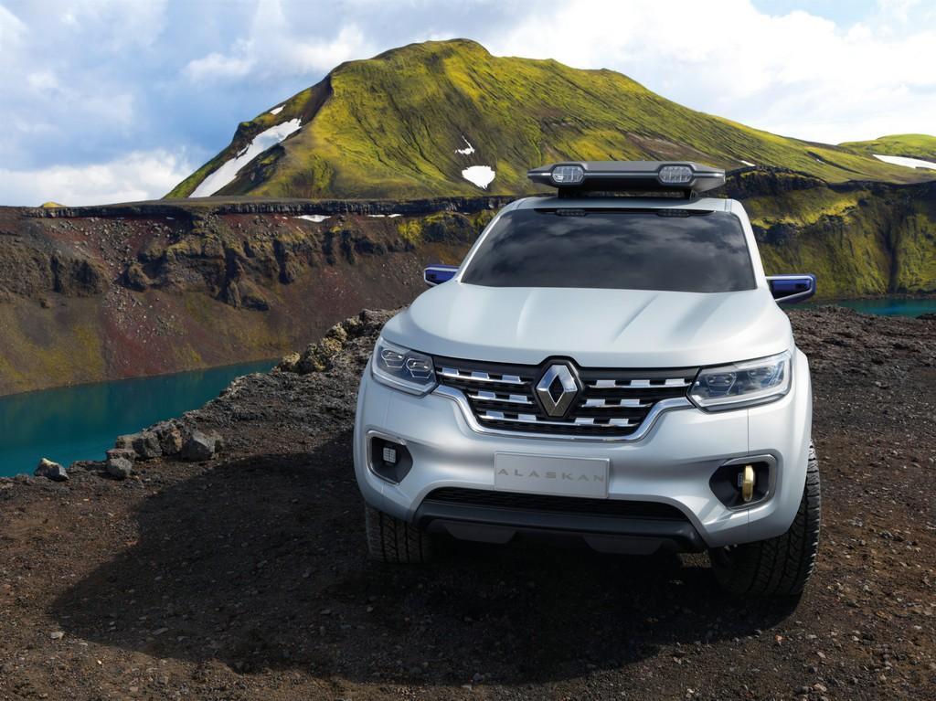 Renault Alaskan Concept Davanti Lago