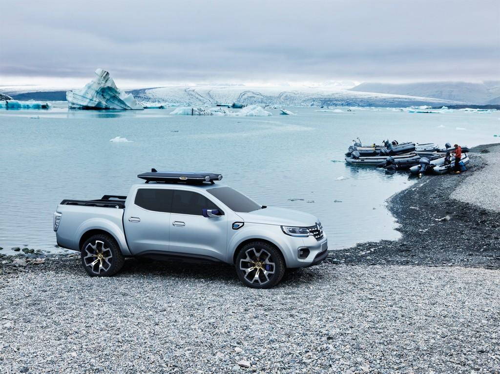 Renault Alaskan Concept Lato