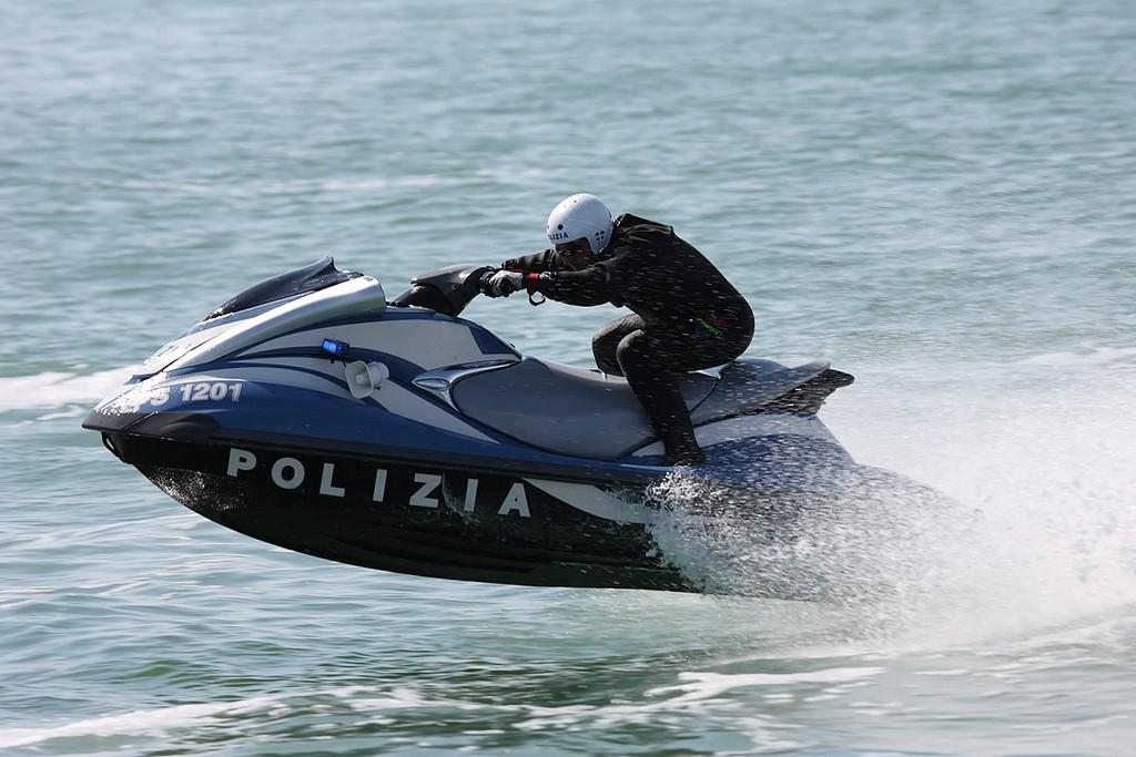 "Elicottero Yamaha : ""yamaha for police a riccione yamaha presenta in"