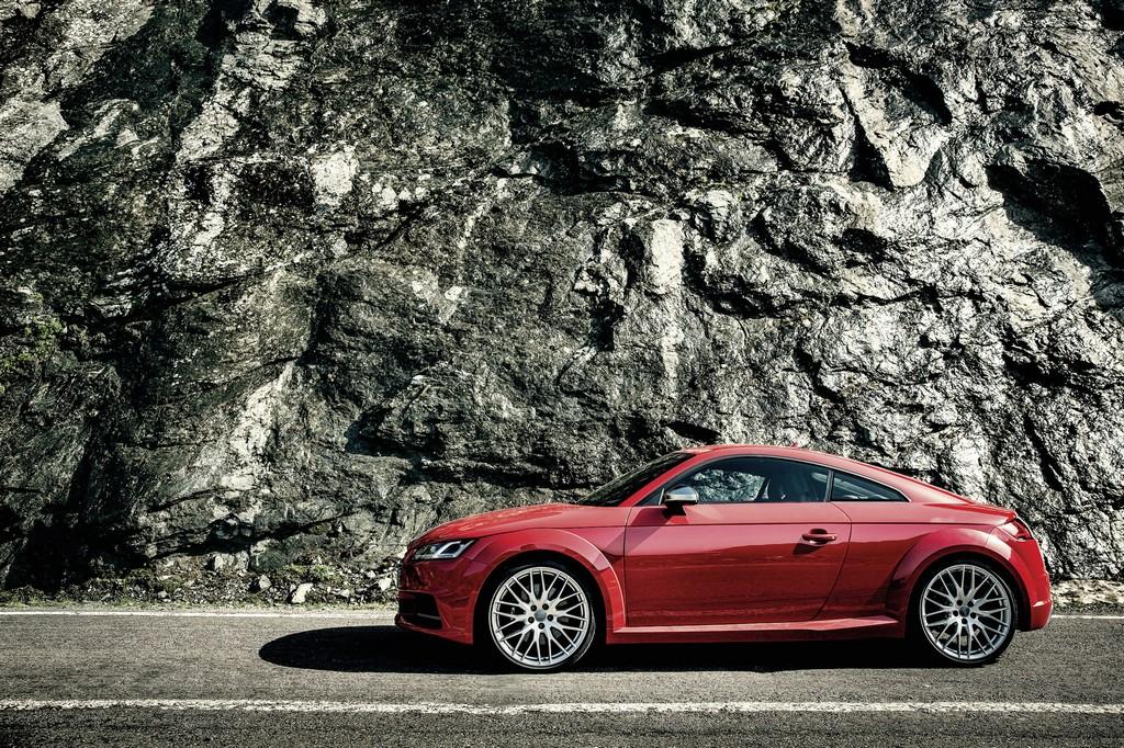 Audi nuova TTS Lato